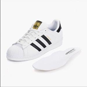 uomini è adidas superstar le scarpe poshmark